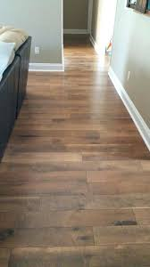 difference between hardwood and laminate flooring fresh wood crossroads oak over carpet can i put on