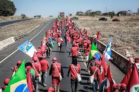Resultado de imagem para marcha de pt a brasilia