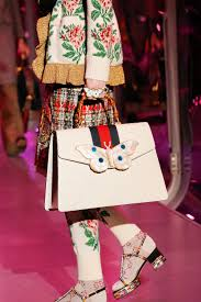 gucci bags fall 2017. gucci fall 2017 ready-to-wear fashion show details bags e