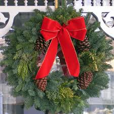 Fresh Christmas Wreaths | Christmas Wreath | Christmas Wreath ...