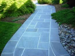 flagstone patio installation flagstone walkway installation in concrete base bluestone walkway