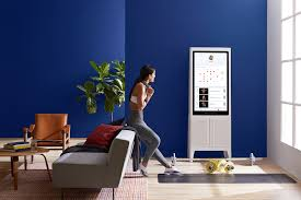 tempo at home gym corrects your form in