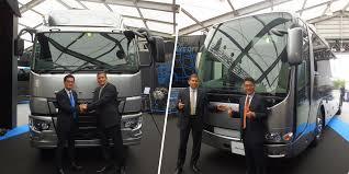 2018 mitsubishi fuso. modren mitsubishi mitsubishi fuso launches fully revamped super great truck aero buses throughout 2018 mitsubishi fuso
