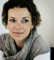 Milena Moser lebte von 1998 bis 2006 mit ihrem zweiten Mann, dem Fotografen Thomas Kern, und ihren Söhnen Lino ('88) und Cyril ('95) in San Francisco, ... - milena-moser