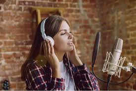 Most singers will simply sing the songs which they like, but that isn't always the best idea. How To Sing Better 12 Singing Tips Rapid Improvement Music Grotto