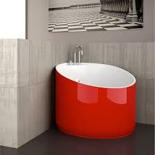 Cool Mini Bathtub Of Fiberglass For Small Spaces | Glass Design presents a  line of bathtubs