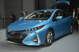 2017 Toyota Prius Prime plug-in hybrid preview
