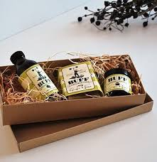 mens toiletry gift set open