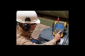 fluke news solutions blog fluke measuring motor shaft voltage discharges fluke mda 550 motor drive analyzer