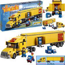 Bộ Đồ Chơi Lắp Ráp Lego Xe Tải Thành Phố Cho Bé Trai tại Nước ngoài