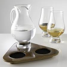 the glencairn official whisky glass and whisky jug flight tasting tray set of 2 glasses