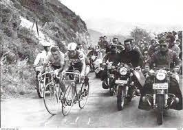 Radsport - Cyclisme: Tour de France 1964 - Raymond Poulidor et Jacques  Anquetil au Puy de Dôme - Photo l'Equipe