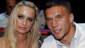 Lukas podolski (@poldi_official) on tiktok | 2.2m likes. Lukas Podolski Tochterchen Maya Ist Der Ganze Stolz Des Kicker Stars