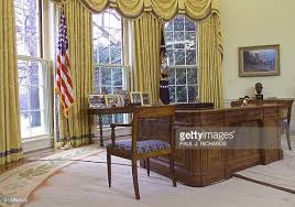 us president office. this photo shows the desk used by us president george w bush 30 january 2001 in us office n