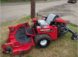 snapper lawn mower. 60in snapper diesel commercial zero turn mower 1000 hrs kubota motor clean lawn