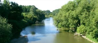 Paní řeka Morava zatím zůstává vodáky méně objevená - Vodácká turistika -  pro všechny s pádlem v ruce