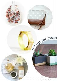 39 Best Christmas Gifts For Her The Wife In 2017  Top Christmas Gifts For Mom