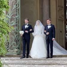 زفاف ليدي كيتي سبنسر ابنة شقيق ديانا على مايكل لويس في إيطاليا - مجلة هي