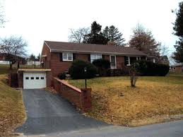One Bedroom Apartments In Staunton Va Houses For Rent In 2 House For Rent  In Street . One Bedroom ...