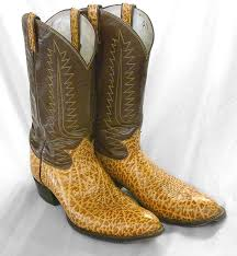 we clean leather cowboy boots
