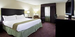 Airport Bed Hotel Pittsburgh Intl Airport Pit Hotel Holiday Inn Express Suites