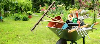 garden maintenance service. Perfect Garden There Are Various Advantages To Garden Maintenance Melbourne Eastern  Suburbs Both Commercial And Maintenance With Proficient Services  In Service