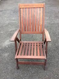 2 wooden reclining garden chairs