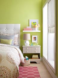 Small Picture Storage Solutions for Small Bedrooms