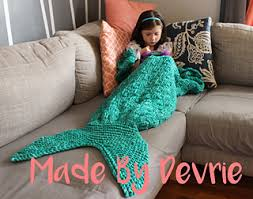 Mermaid Tail Blanket Knitting Pattern Beauteous Ravelry Mermaid Tail Blanket Pattern By MadeByDevrie