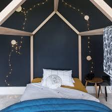 lighting bed. hang fairy lights lighting bed