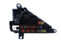 bmw 5 series e60 520d m sport front power distribution fuse box image is loading bmw 5 series e60 520d m sport front