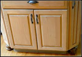 Kitchen Cabinets With Feet Kitchen Cabinets With Bun Feet