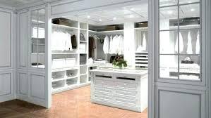 Walk In Closet Size Bedroom Closet Dimensions Master Bedroom Closet