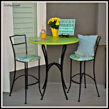 Diy bistro table Tables Ideas Diy Refurbish Used Outdoor Iron Bistro Table And Chairs Craft Yourself Diy Refurbish Used Outdoor Iron Bistro Table And Chairs Craft