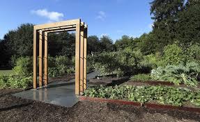 Michelle Obama Kitchen Garden Michelle Obamas White House Kitchen Garden To Become Permanent