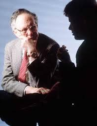 Профессия психолог Страница Про профессии ру На сегодняшний день профессия психолога является одной из самых популярных Работа психолога это взаимоотношение со многими людьми умение понять