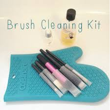 cleaning makeup brushes using olive oil baby shoo an oven glove