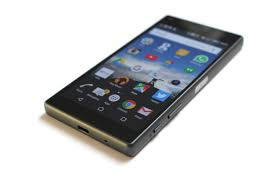 sony phone 2017. small and mighty, sony\u0027s dinky xperia z5 compact is a real gem sony phone 2017 e
