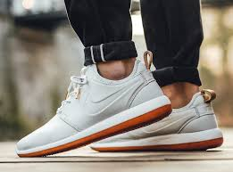 nike roshe two leather premium off white gum brown