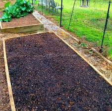 how to prepare garden soil