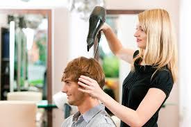 Профессия парикмахер универсал Все что вы хотели узнать  работа парикмахера