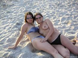Women tits in public