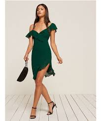 appropriate dress for wedding. it\u0027s easy to head a beach in as little clothing possible, but for wedding ceremony, the look has be somewhat lavish and, well, ceremonious. appropriate dress