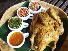 11,710 likes · 26 talking about this. 31 Makanan Khas Daerah Di Indonesia Dengan Cita Rasa Otentik Lifestyle Liputan6 Com