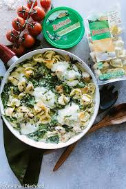easy creamy en pesto tortellini delicious super easy dinner with creamy cheesy tortellini
