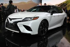2018 toyota camry white. simple toyota 2018 toyota camry detroit auto show featured image large thumb1 in toyota camry white
