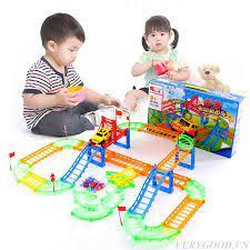 Top 7 món đồ chơi cho bé 3 tuổi tốt nhất 2021