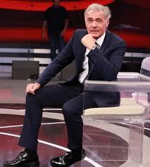 Massimo Giletti sta meglio ed è stato dimesso dall'ospedale dopo il malore  in diretta
