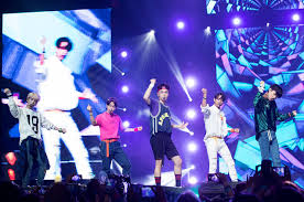 Kcon La Recap Shinee Steals The Show Billboard