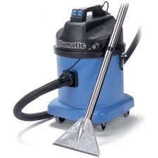 carpet cleaner. carpet cleaner / shampooer